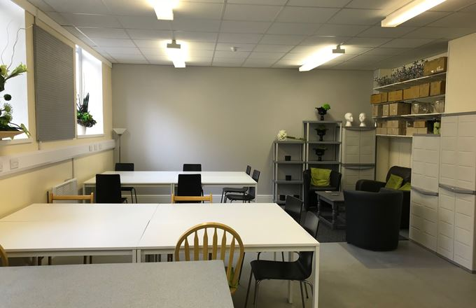 Studio, 47 Parkwood Street, Keighley - To-Let